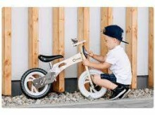 Lionelo Balance Bike Willy  Art.117913 Bubble Gum   Bērnu skrējritenis ar koka rāmi