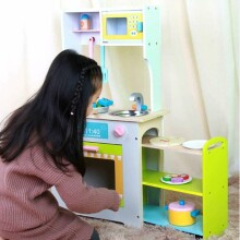 TLC Baby Kitchen Art.T20077 Bērnu koka virtuve  ar plīti un izvelkamu plauktu uz riteņiem